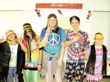 Хи́ппи (от англ. hippy или hippie; от разг. hip или hер, (в просторечье...